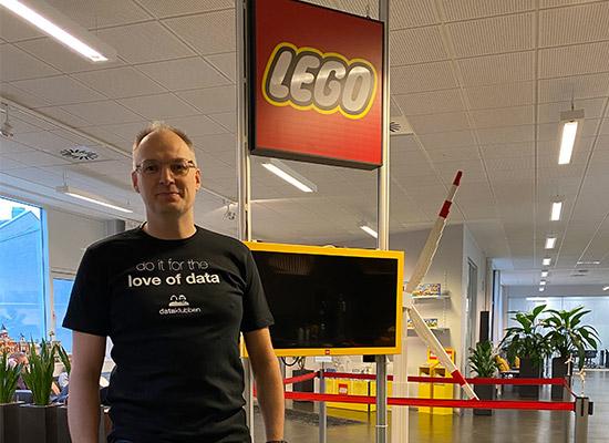 LEGO<br><br>